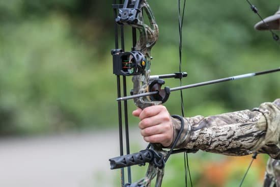 How Fast Do Arrows Fly From a Compound Bow?