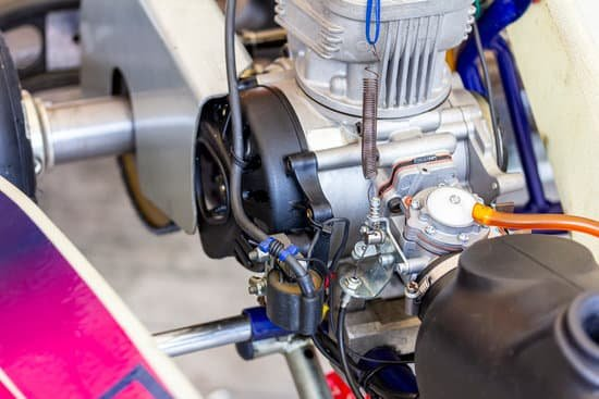 Mixing Fuel For 2 Stroke Engines